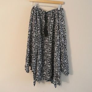 Hollister New Without Tags Skirt Size L